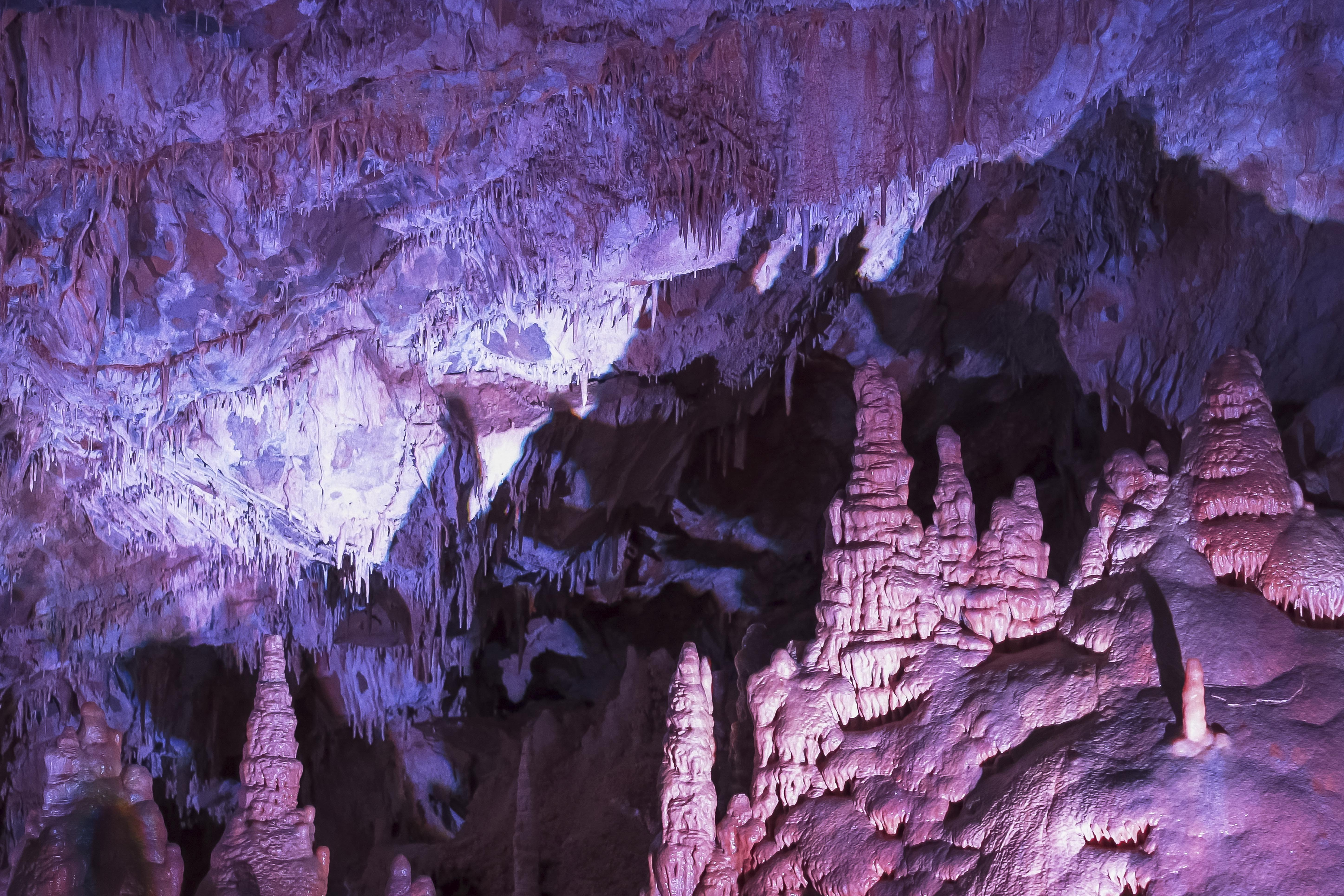 Lewis and Clarks Caverns State Park in Montana