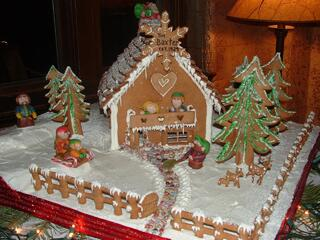 Bozeman Christmas Stroll Gingerbread House Contest