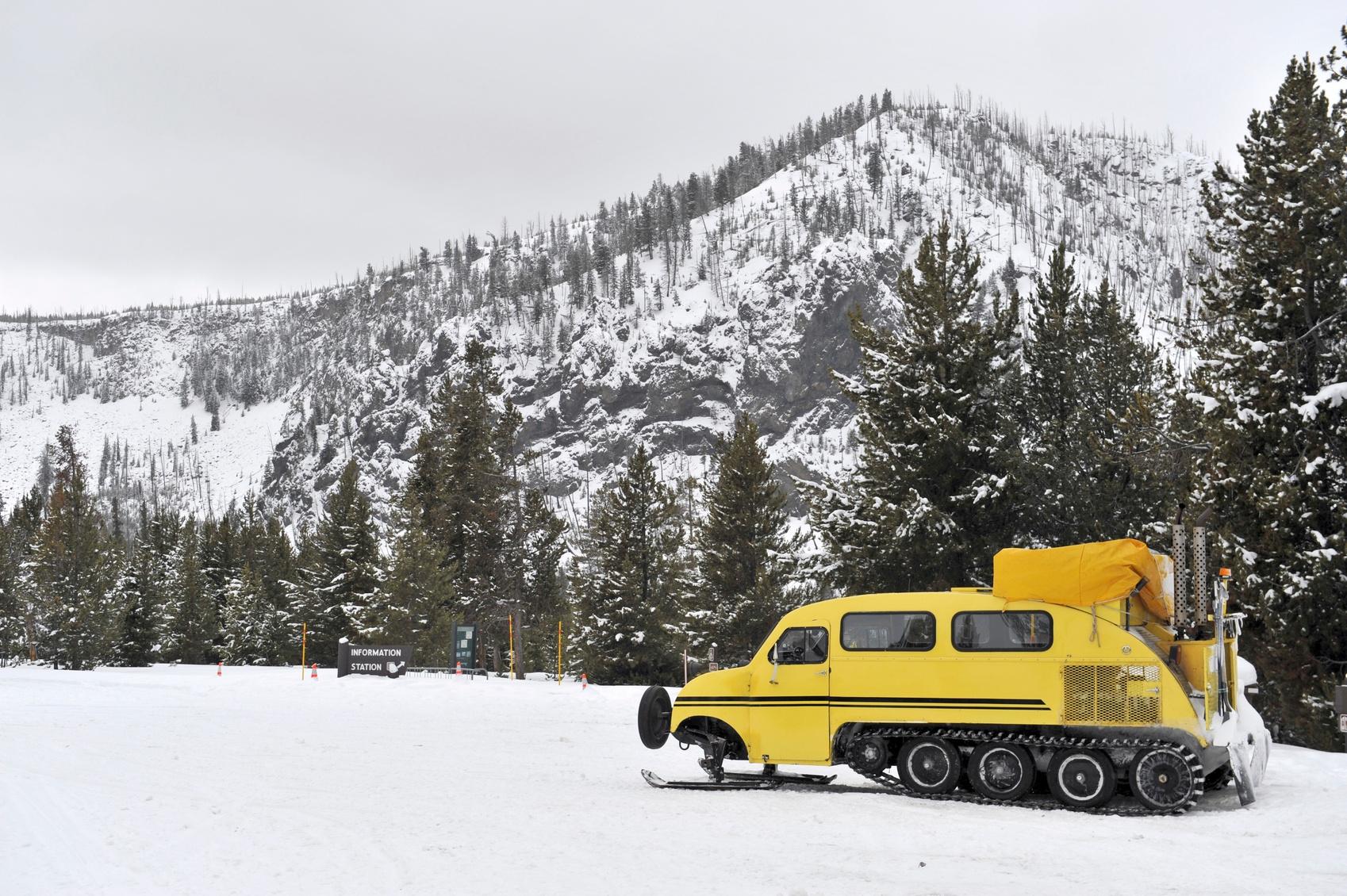 Winter photos of Yellowstone National Park